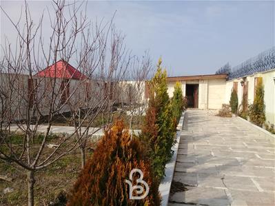 500 متر باغ ویلا با بنا قدیمی